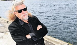 ARENDALSVENN:Den Nederlandske Dukkespilleren Aad Peters Har Vært I Arendal Flere Ganger.