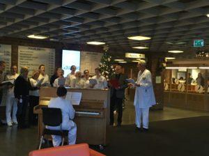 Jula Synges Inn På Sykehuset. Foto: Privat