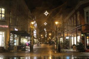 BLENDENE BYGATE: Regnfallet Skapte En Magisk Julefølelse I Sentrum.