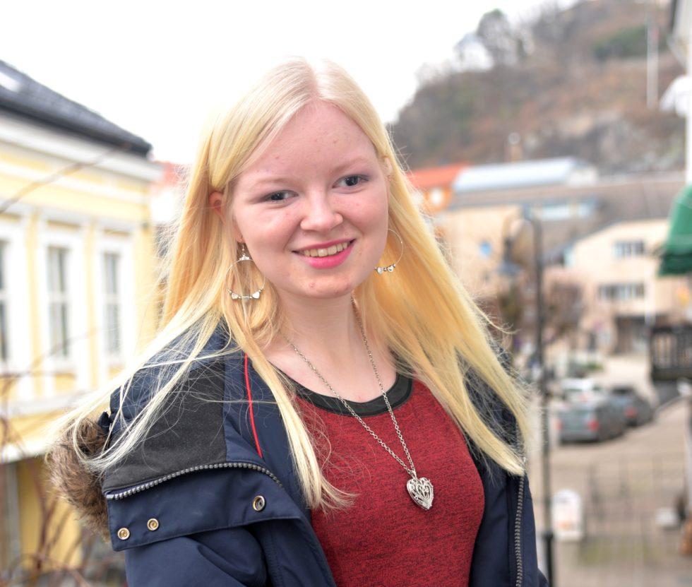 Ukas Navn: Anne Nesland Gundersen