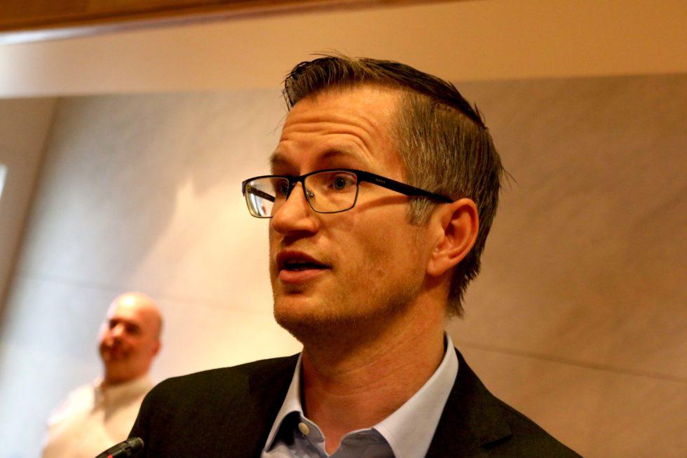 Ordføreren Oppfordrer Innbyggere Til å Droppe Facebook-gruppe