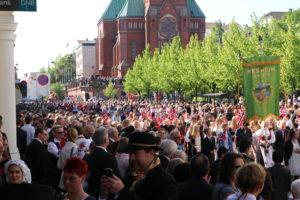 DOBBEL: Nasjonaldagen I Arendal Er Unorsk Og Urnorsk På En Gang. Akrivfoto