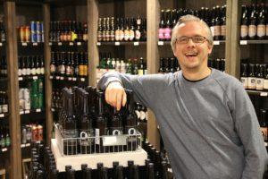 ØLELSKER: Jan Ove Steinsvik Er Mer Opptatt Av øl Enn De Fleste. Foto: Robin Johansson