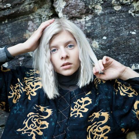 FØRST UT: Allerede Nå Kunngjør Canal Street Den Første Artisten Til Neste års Festival Med Popstjernen AURORA Som Først Ut På Plakaten. Pressefoto.