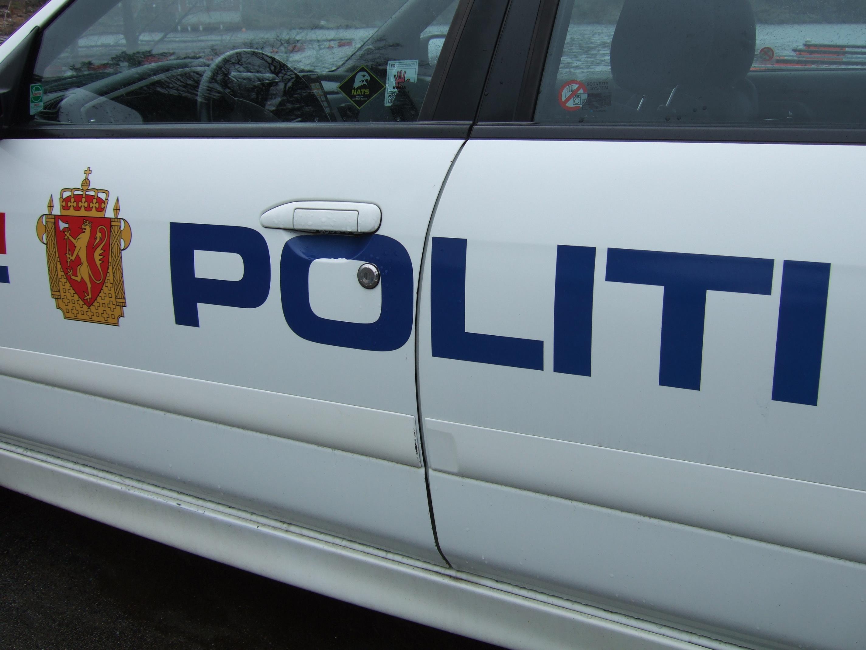 Politiloggen: Vold Mot Politiet, Knivstikking Og Mye Fyll