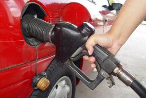 DYRERE DRIVSTOFF: Regjeringen Setter Opp Avgiftene På Drivstoff. Illustrasjonsfoto