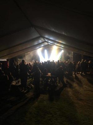 ANTIMOBBEFESTIVAL: Bandet Plumbo Var Hovedattraksjonen På Festivalen På Hove I August. Foto: Privat
