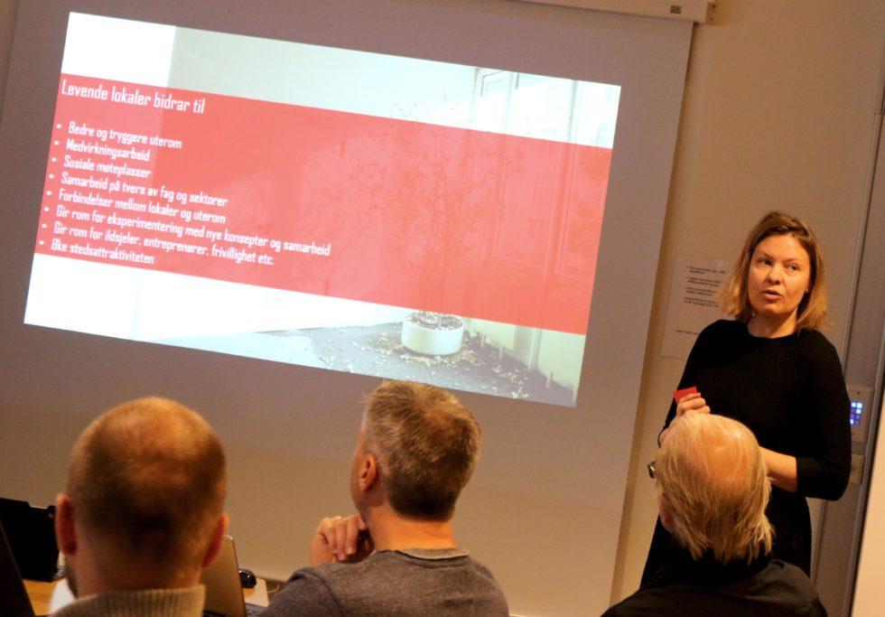HELE SENTRUM: DOGA-prosjektleder Marte Marstrand Mener Prosjektet I Arendal Vil Være Et Løft For Hele Sentrum Og Ikke Bare Torvet-kvartalene. Foto: Esben Holm Eskelund