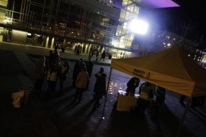 GODT VANT: Flere Av Aksjonistene I Amnesty Har Holdt På I Over 30 år, Og De Vet Godt Hvordan De Går Frem Under En Demonstrasjon. Foto: Grete Husebø