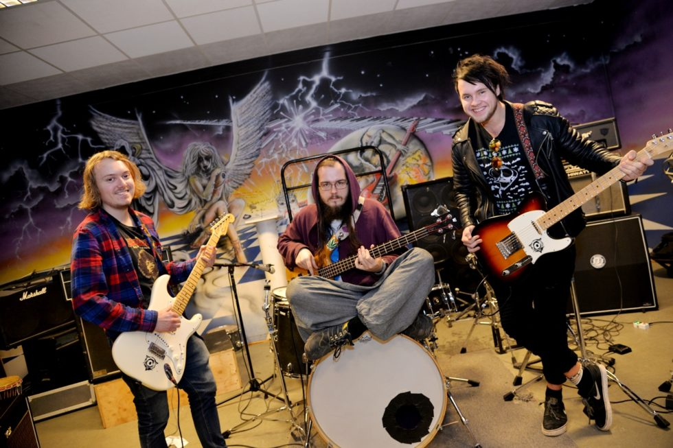 Lokalt Rockeband Vil Erobre Norge