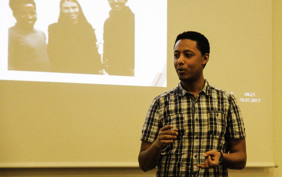 BRUK: Jonas Fra Eritrea Fortalte Hvor Viktig Det Er å Få Brukt Det Man Lærer På Skolen I Praksis.