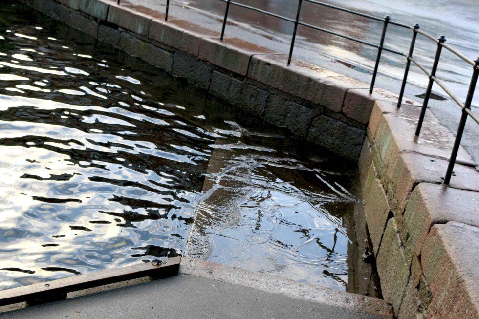 Meteorologene Advarer Om Ekstrem Vannstand