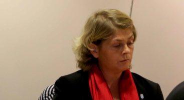FORBLIR UAVHENGIG: Bystyrerepresentant Liv Heidi Arnesen har ingen umiddelbare planer om å melde seg inn i et nytt politisk parti etter å ha forlatt Fremskrittspartiet. Foto: Esben Holm Eskelund