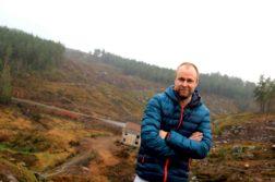 KREVER VEILYS: Ole Glen Tvermyr, bystyrerepresentant for Krf i Arendal er oppgitt over at den nye motorveien mellom Arendal og Tvedestrand, som blant annet skal gå gjennom Hørdalen (bildet) ved Sagene i Arendal kanskje ikke får skikkelig belysning. Foto: Esben Holm Eskelund