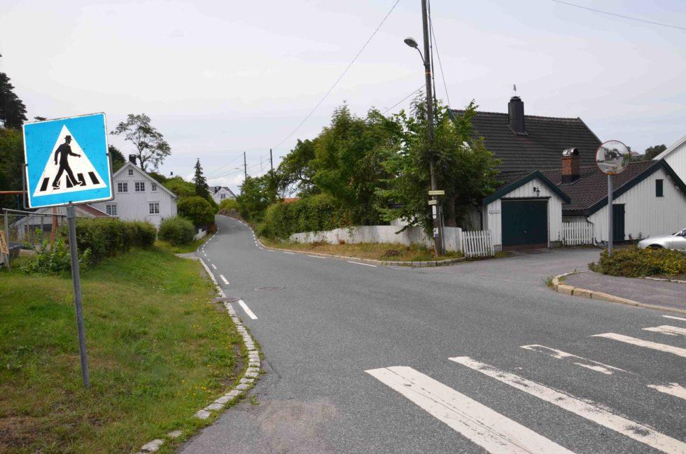 ENVEISKJØRING: I Kommuneplanutvalget I Arendal Er Det Stemning For å Vurdere Enveiskjøring I Vikaveien På Hisøy. Arkivfoto