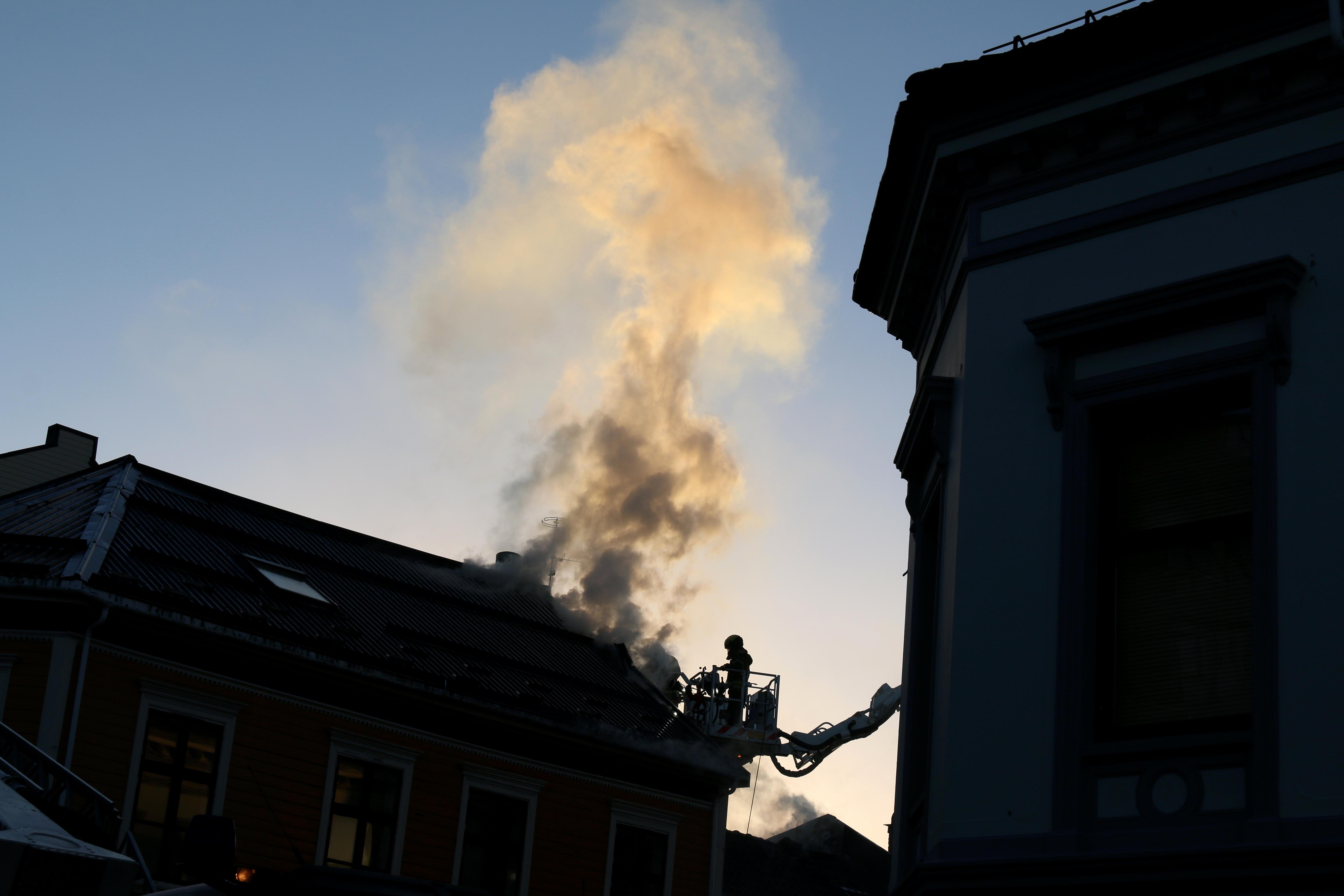 Bygårdsbrannen: To Til Sykehus, 20 Evakuert