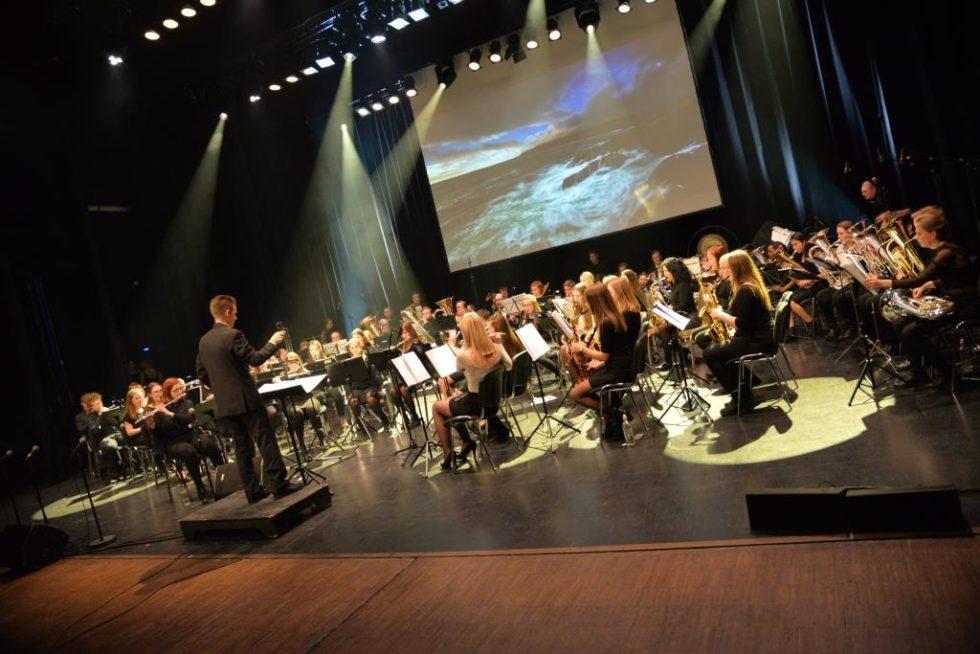 Anmeldelse: Skolekorpskonsert Med Dobbelt Trøkk Og Sjarm
