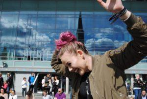 MORO: Denne Jenta Hadde Det Gøy På Dance Battle På Sam Eydes Plass. Foto: Edel Sofie Thomassen