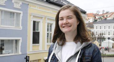 OL I BIOLOGI: Astrid Winnberg Skoge fra Arendal skal kjempe om å bli verdens beste videregående biolog-elev. Foto: Grete Husebø