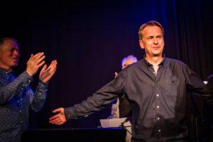 HYLLES: Lawrence Scott Veiby Ble Hyllet Med Stor Applaus Etter Konserten. Foto: Birgit Fostervold