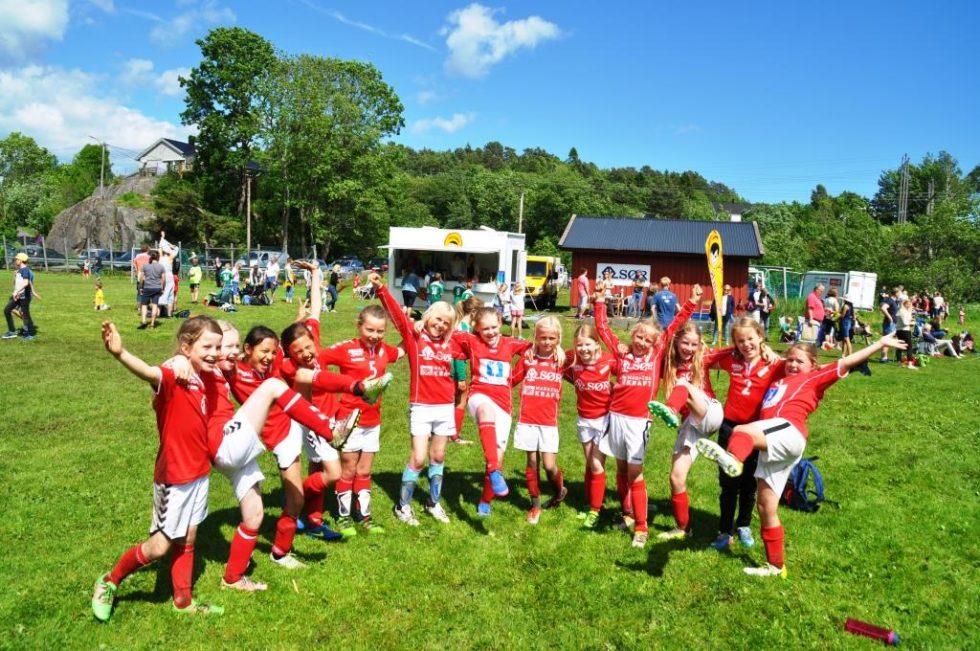 BILDEREPORTASJE: Sommerturnering Sprer Idrettsglede