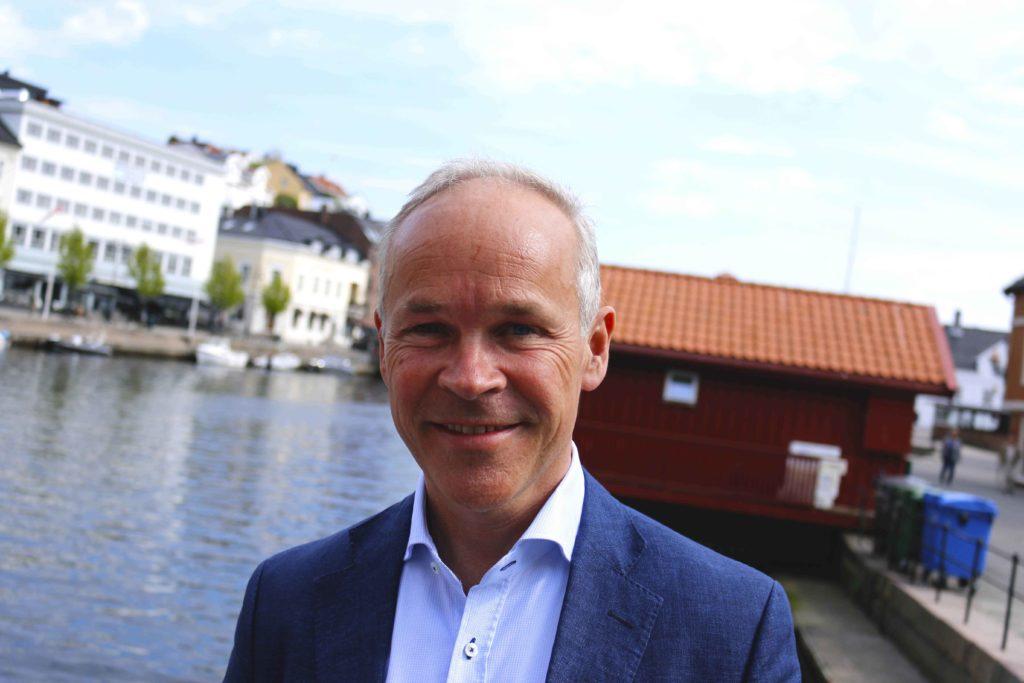 STATLIGE ARBEIDSPLASSER: Kommunal- og moderniseringsminister Jan Tore Sanner (H) oppplyser at Fylkesmennenes fellesadministrajon skal legges til Arendal. Arkivfoto: Esben Holm Eskelund
