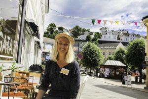 FEST: Thone Louise Frydenlund Inviterer Til Gjenbruksfest I Sentrum. Foto: Grete Husebø