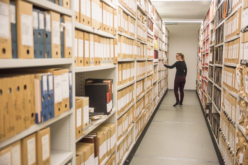 ARKIV: I Arkivene På Kuben Finnes Det Mye Spennende Informasjon. Foto: Gerd Corrigan/Kuben