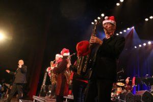 LUE: Kan Man Spille Saxofon Med En Lue På? Foto: Grete Helgebø