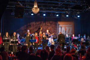JULEGLEDE: Arendal Big Band Spiller Julen Inn For Arendal Jazzklubb For Fjerde år På Rad. I år Spiller De Også Egen Julekonsert For De Aller Minste. Arkivfoto: Mona Hauglid