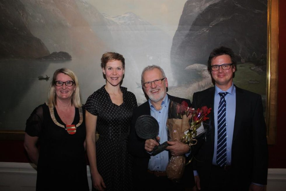 Arendalsforfatter Tildelt Fylkeskommunens Kulturpris