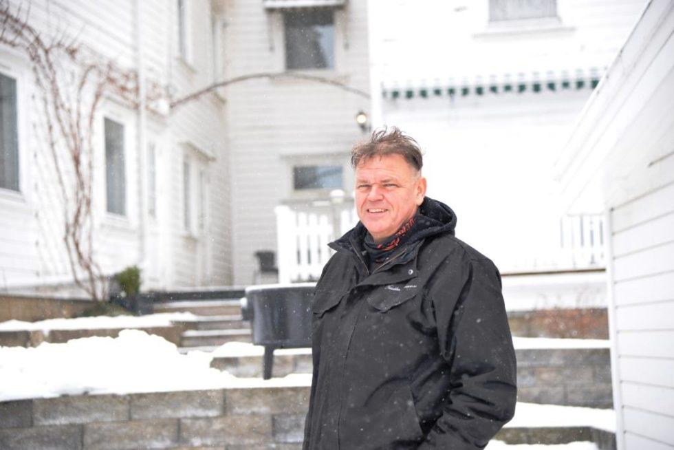 FORNØYD: Rune Høgevoll Er Fornøyd Med Alt Som Er Bra For Lommeboka. Hvis Forslaget Går Igjennom Vil Han Spare Cirka 6000 Kroner I året. Foto: Linda Dyrholm