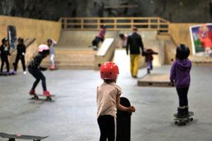 DA ZOO: I Arendal Skatehall Er Det Plass Til Alle Som Vil Stå På Brett