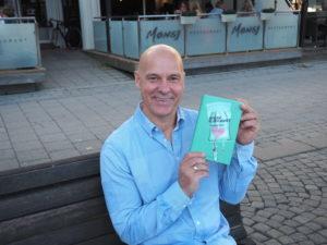 NYBAKT FORFATTER: Walther Spros Roman «Syk Av Kjærlighet» Kom Ut På Publica Forlag I Juni. Foto: Renate Andersen
