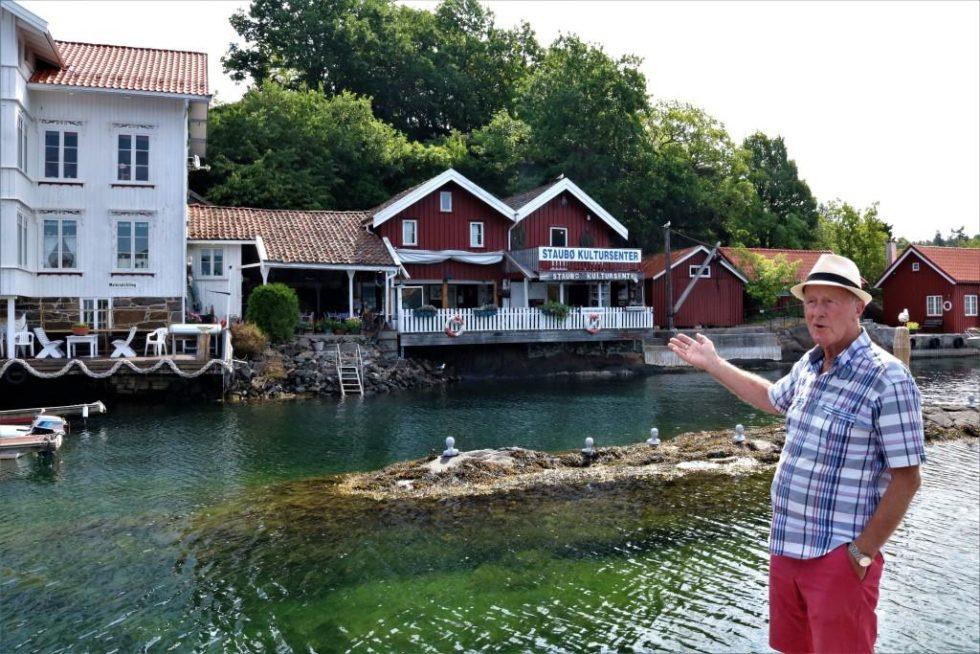 RIKHOLDIG: Eldrup A. Hansen Foran Staubø Kultursenter. Arkivfoto