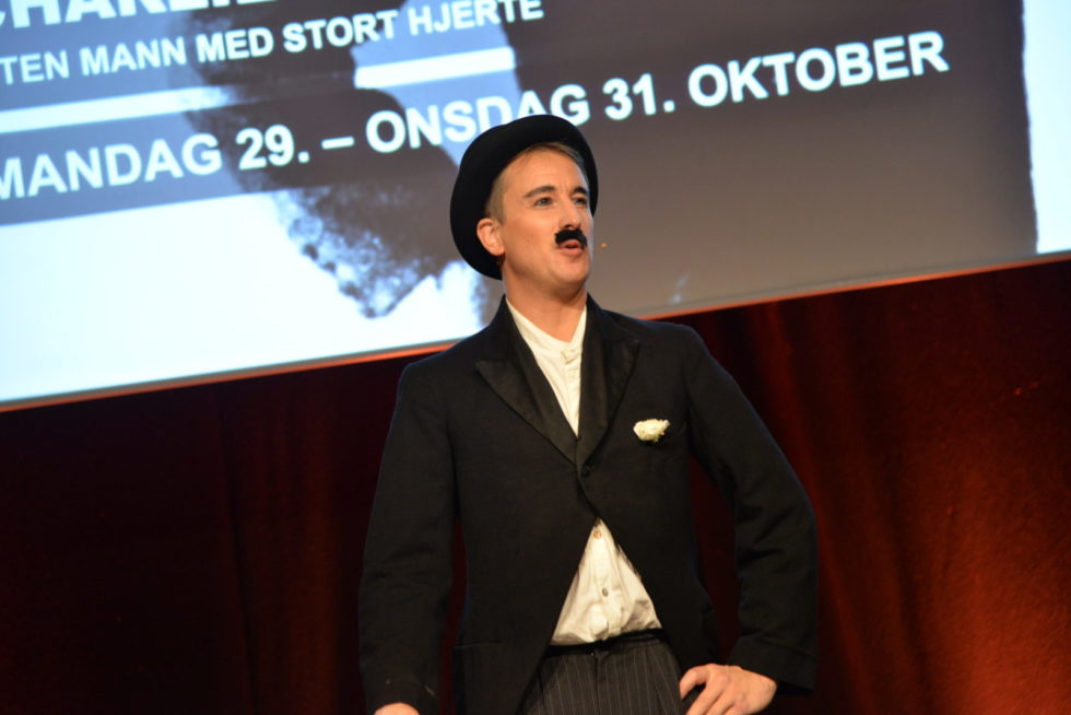 Programslipp Arendal Kulturhus: Charlie Chaplin I Lokal Innpakning