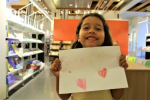 KLAR: Elise Trondal (6 år) Kan Både Lese Og Skrive Navnet Sitt Før Skolestarten.
