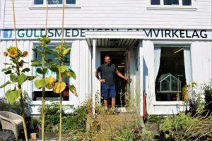 TILLITSBASERT: Jonny Ingebrigtsen Har åpnet Et Grendehus For Alle På Hisøy.