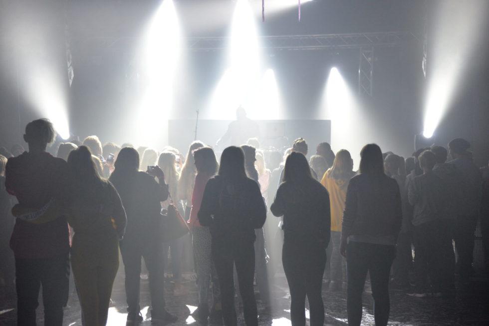 Ungdomsfest På Saltrød: – Det Er Dette Ungdommen Vil Ha!