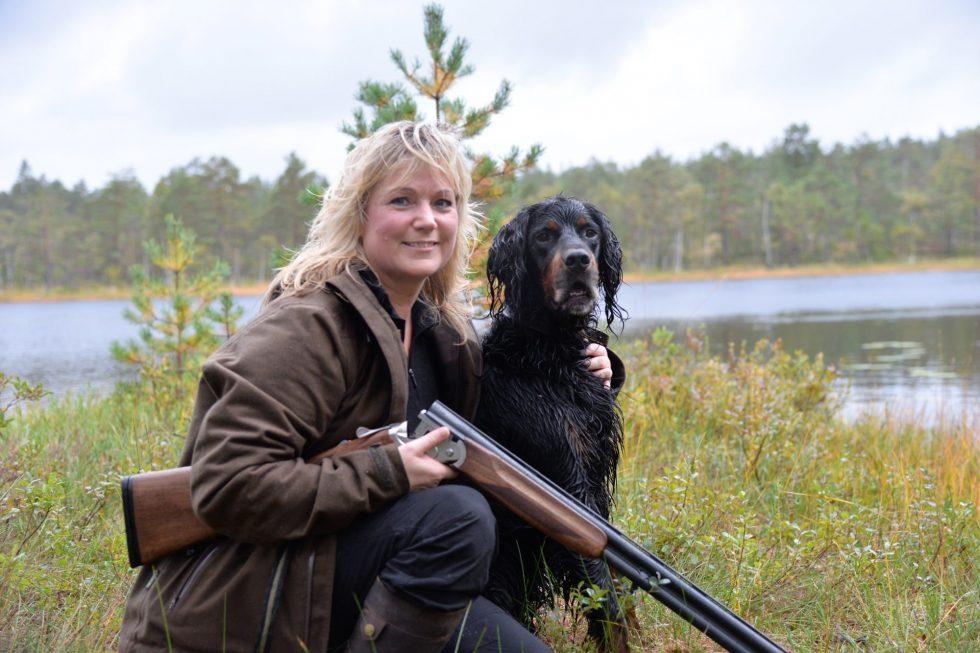 Kvinner På Jakt