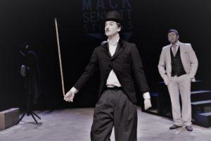 HUMOR: Charlie Chaplin Ble Spilt Av Stephan Hergel.