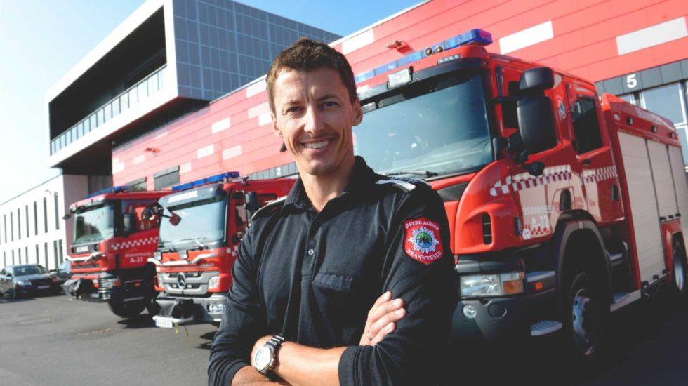 OPPFORDRING: Brannsjef, Dag Svindseth, Oppfordrer Folk Om å Være Flinke Til å Sende Inn Bekymringsmeldinger Til Brannvesenet. Pressefoto