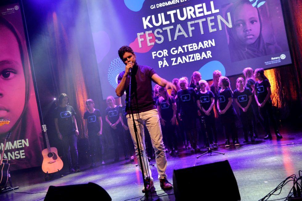 Festaften Med Lokal Jazz Og Hypokonderlege På Menyen