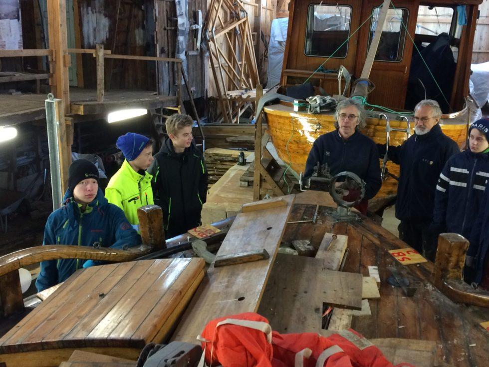 Restaurering Og Opplæring I Sjømannskap