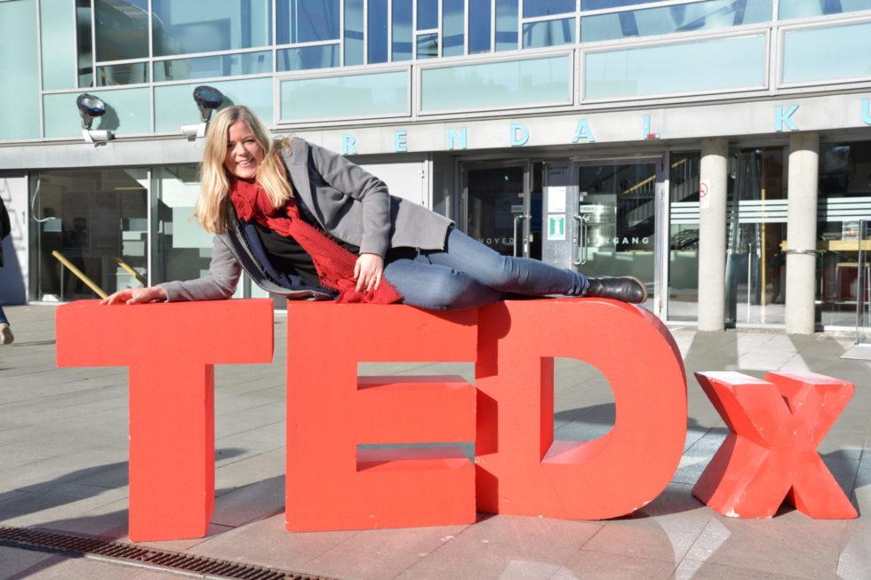 TEDx-DRONNING: Linn Juul-Petersen Er Ansatt Som Hovedkoordinator For TEDxArendal.