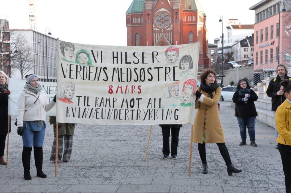 Markering Av Kvinnedagen: – Regjeringa Spytter Oss Rett I Ansiktet