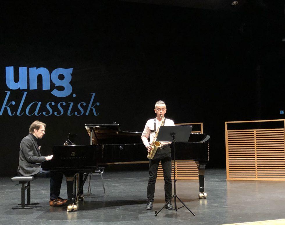 Edwind Michael Grosvold Til Topps I Ung Klassisk