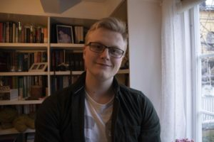 JURYMEDLEM: Kristoffer Hedman Fra Arendal Skal Vurdere Søknader Fra Ungdommer Som Trenger Starthjelp Til å Gjennomføre Sitt Prosjekt. Pressefoto