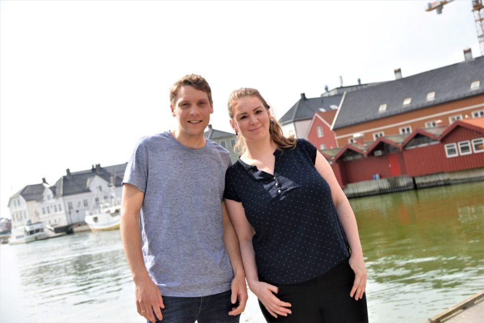 SØKER FRIVILLIGE: Martin Svendsen Og Mari Aanonsen Oppfordrer Lokale Lag Og Foreninger Om å Jobbe Som Frivillige På Hove Music Festival.