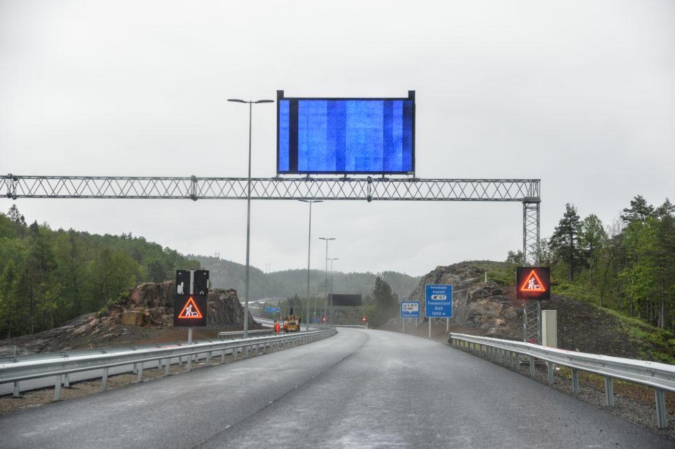 Feirer Den Nye Motorveien I To Omganger